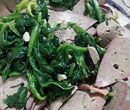 补血小菜:菠菜拌猪肝的做法