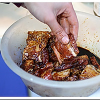 无锡的糖醋排骨的做法图解1