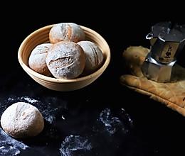 健身减脂必备:最单纯的黑麦小面包,如法棍健康,比泡面简单的做法