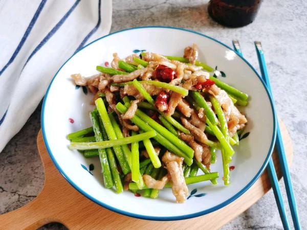 肉丝炒蒜苔的做法