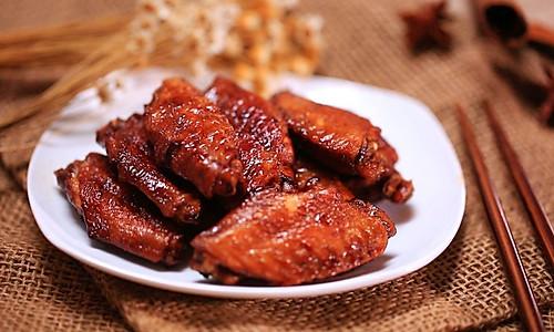 红烧鸡翅——迷迭香的做法