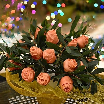 送你一束玫瑰花馒头祝有情人终成眷属!