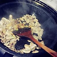 尖椒口蘑的做法图解4