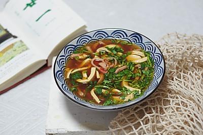 酸辣可口的美味-酸辣汤