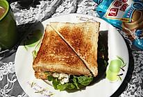 火腿芝士三明治的做法