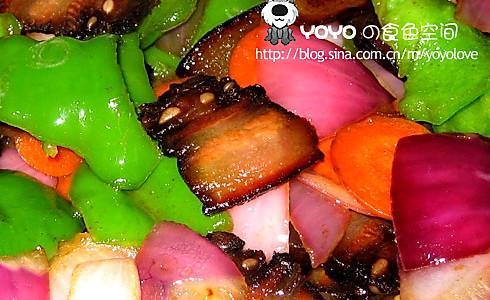 腊肉炒三蔬的做法