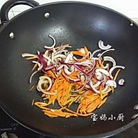 胡萝卜洋葱小炒的做法图解5