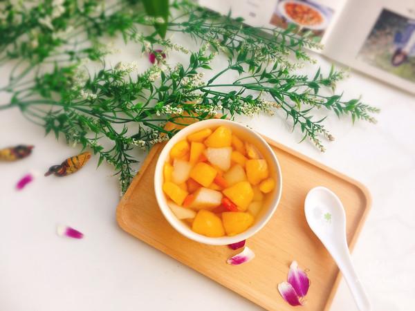 冰糖枇杷雪梨汤的做法