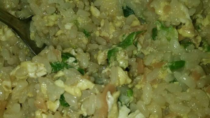 鸡蛋火腿炒饭
