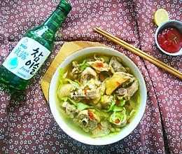 滋补胡椒鸡汤的做法