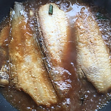 酱烧比目鱼
