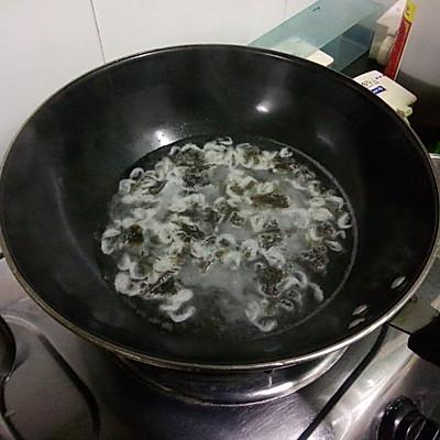 大喜大牛肉粉试用之紫菜蛋花汤的做法 步骤3
