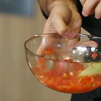 简单快捷!意式烤面包配番茄沙拉的做法图解1