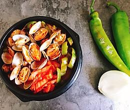 韩式辣白菜蛤蜊锅-石锅海鲜汤 快手简单好做的做法