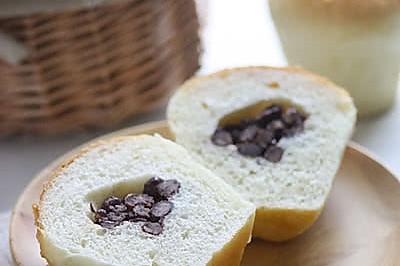 酥粒红豆杯子面包