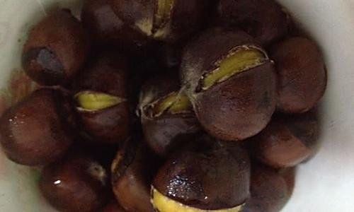 电饭锅糖炒板栗的做法