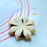 豆沙花型面包的做法图解8