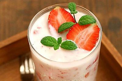 草莓奶昔♥
