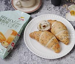 日式海盐卷,黑芝麻盐可颂面包的做法