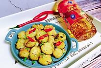 #把金牌大厨带回家#香煎孜然小土豆的做法