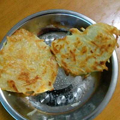 土豆丝饼的两种做法