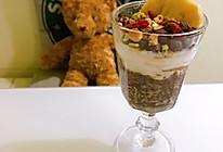 可可奇亚籽燕麦布丁酸奶杯的做法