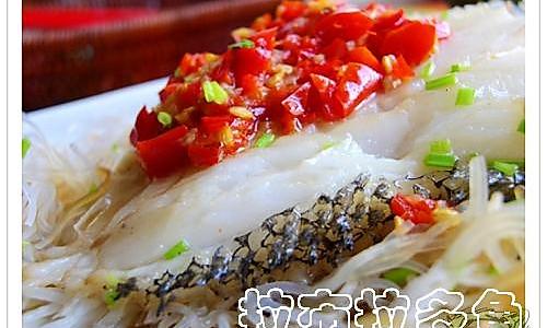 剁椒鳕鱼蒸粉丝的做法