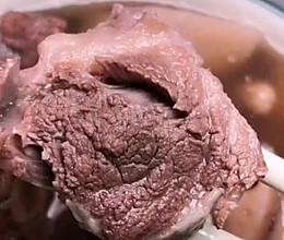 花生莲藕大骨汤的做法