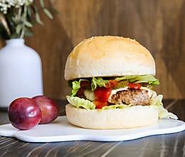 牛肉汉堡(牛肉饼和汉堡胚)的做法
