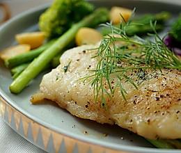 莳萝煎巴沙鱼#一起吃西餐#的做法