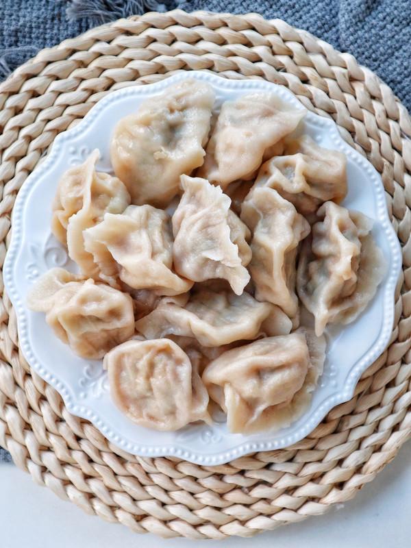 妈妈牌西葫芦饺子的做法