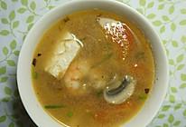 西红柿虾仁豆腐汤的做法