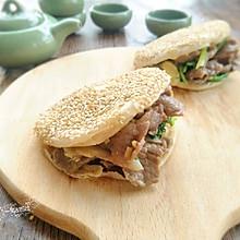 老北京烧饼夹烤肉#利仁电饼铛 烙饼不翻锅#