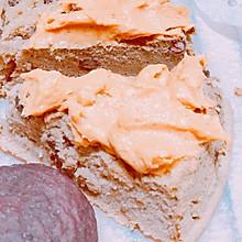 抹茶红豆蛋糕和奶酪蔓越莓紫薯小面包佐焦糖蜂蜜卡仕达酱