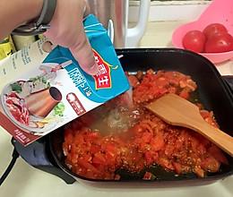 蕃茄火锅汤底的做法