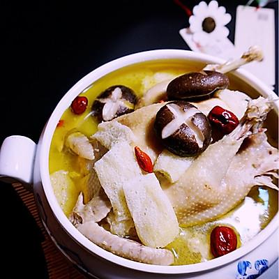香菇竹荪老鸡汤