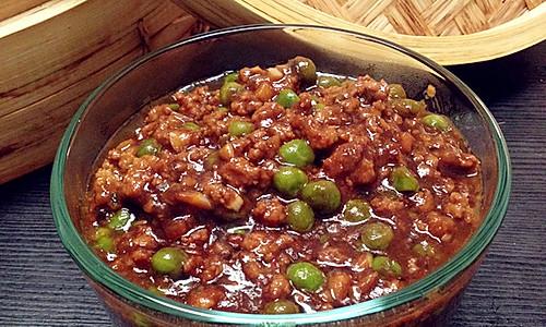 超好吃的豌豆牛肉末炸酱的做法