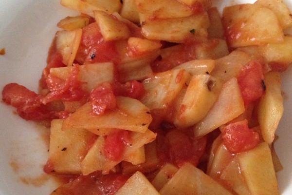番茄炒土豆的做法