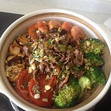 牛肉砂锅饭