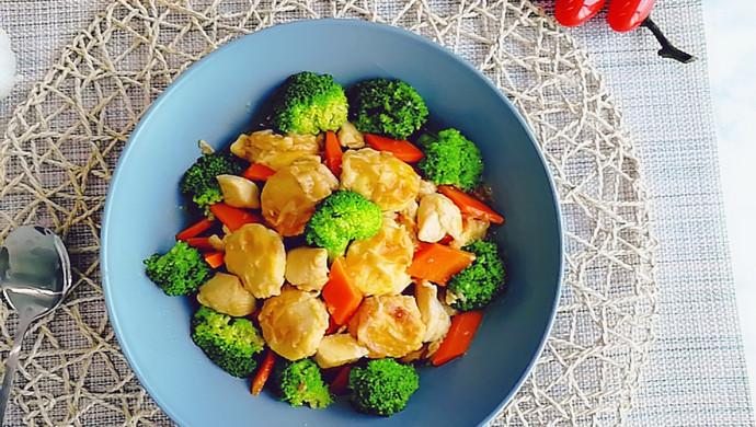 日本豆腐胡萝卜焖鸡胸肉