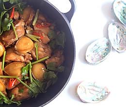 啫啫鲍鱼鸡煲的做法