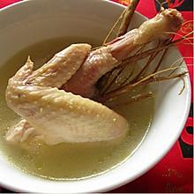 鸡骨草瘦肉(或猪骨)汤