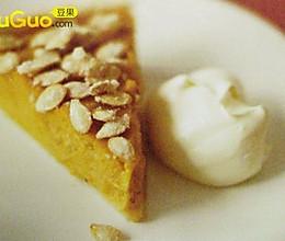用日全食的枫糖浆做的美式南瓜派的做法