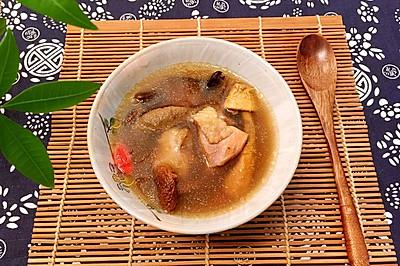 土鸡菌菇汤