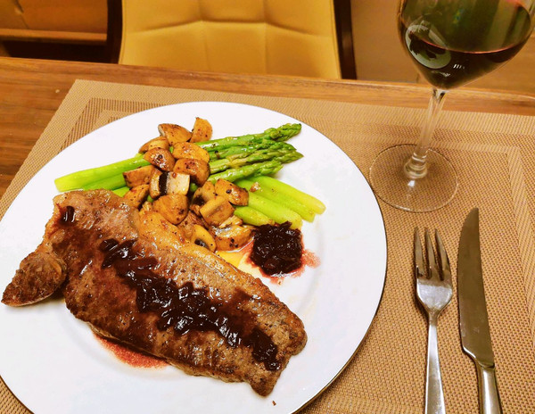 香煎牛排-掌握几个小窍门,分分钟媲美西餐厅的做法
