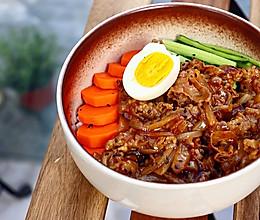 #肉食主义狂欢#日式肥牛饭 ,肉香爆棚,超幸福!的做法