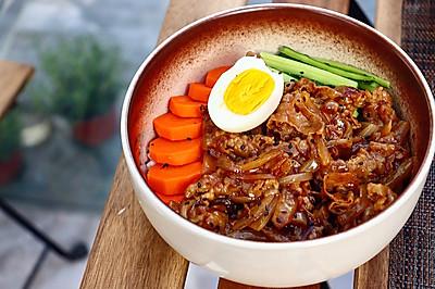 日式肥牛饭 ,肉香爆棚,超幸福!