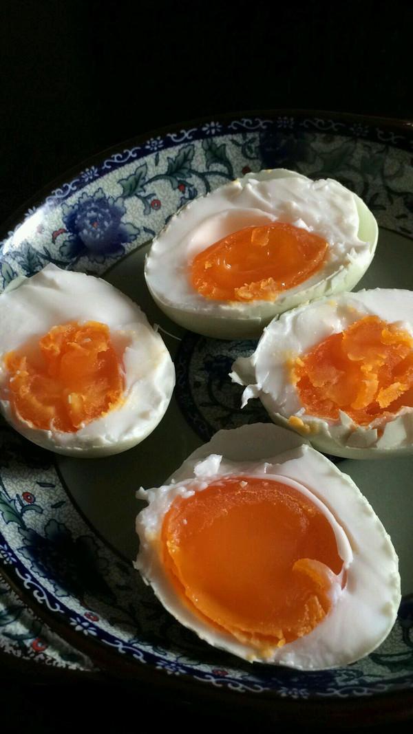 最简单的方法-腌咸蛋的做法