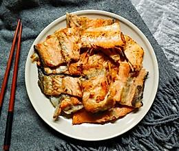 香煎三文鱼骨的做法