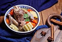 莲藕玉米胡萝卜大骨汤的做法